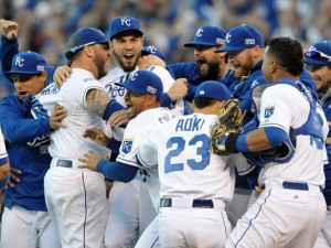 The Royals celebrate their win in Game Four of the 2014 ALCS. (Photo: Denny Medley, USA TODAY Sports)